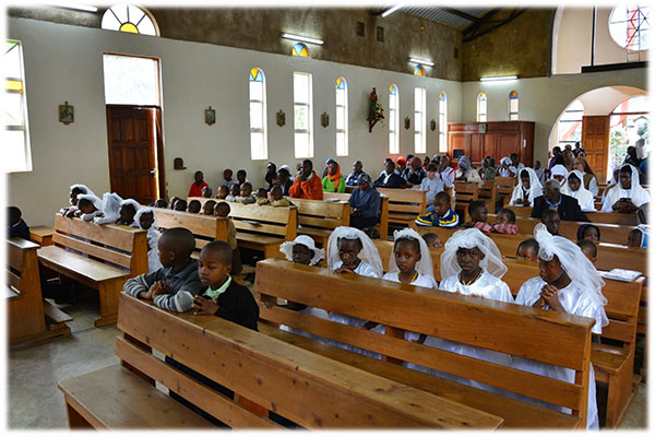 Reportage : la mission de la FSSPX au Kenya sous l'influence effective de Mgr Marcel Lefebvre