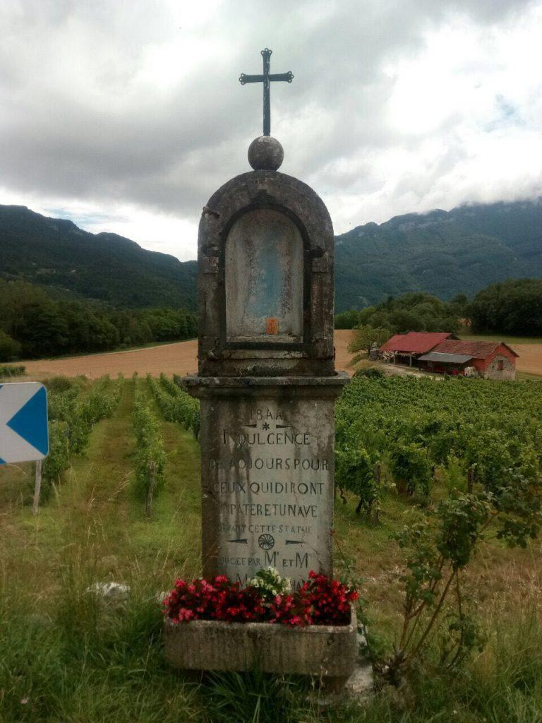 Statues de la Sainte Vierge vandalisées en Savoie :Civitas réagit !