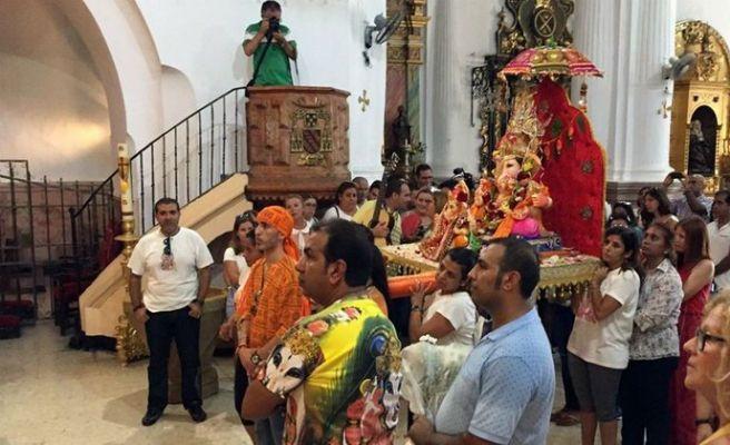 Ganesh, divinité hindoue, vénérée dans lesanctuaire de la Vierge d'Afrique de Ceuta !