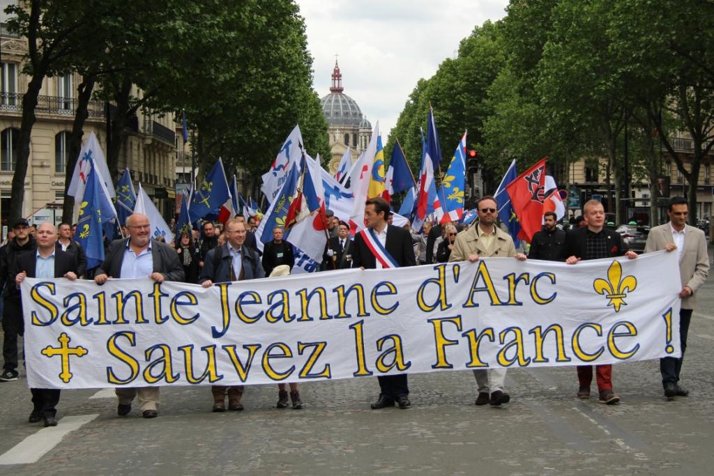 Reportage photos de l'hommage à sainte Jeanne d'Arc