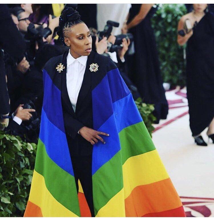 Showbiz et couturiers se moquent du catholicisme : Rihanna en Pape, Zendaya en Jeanne d'Arc, etc…