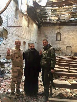 Dans la vieille ville d'Alep les cloches des églises sonnent à toute volée pour fêter la libération