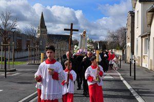 Le reportage du passage de la Vierge Pèlerine fin février 2017 à Chemillé et au prieuré de Gastines