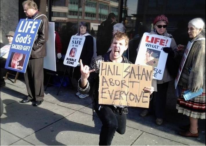 USA – Le «Temple satanique» perd son procès réclamant la légalisation totale de l'avortement au Missouri