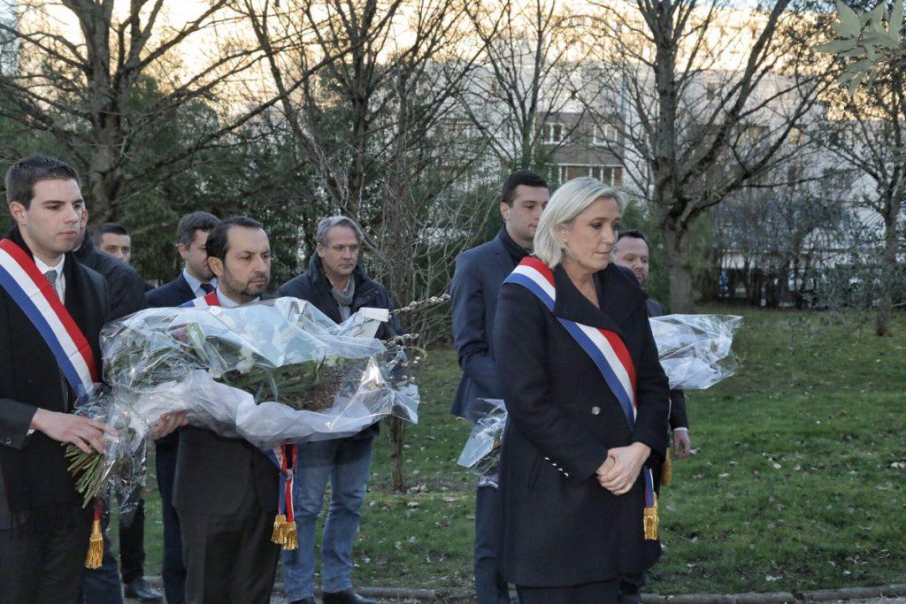 Marine Le Pen s'incline pour les victimes de l'antisémitisme et est invitée par la télévision israélienne