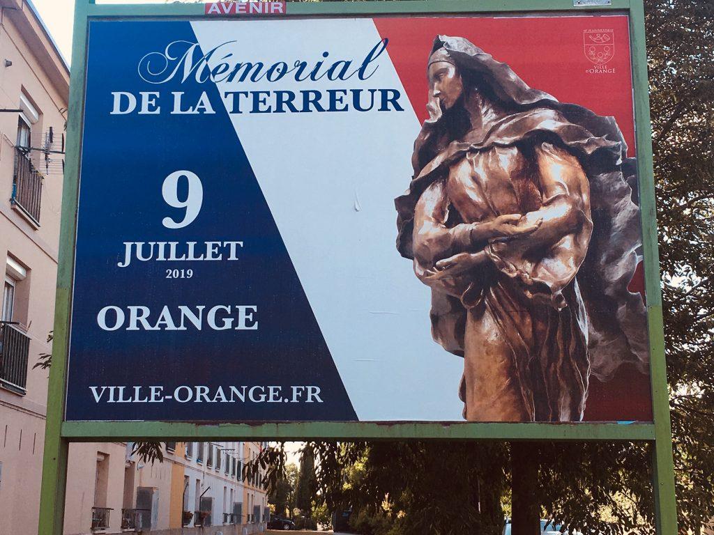 Orange se prépare à honorer ses victimes de la Terreur