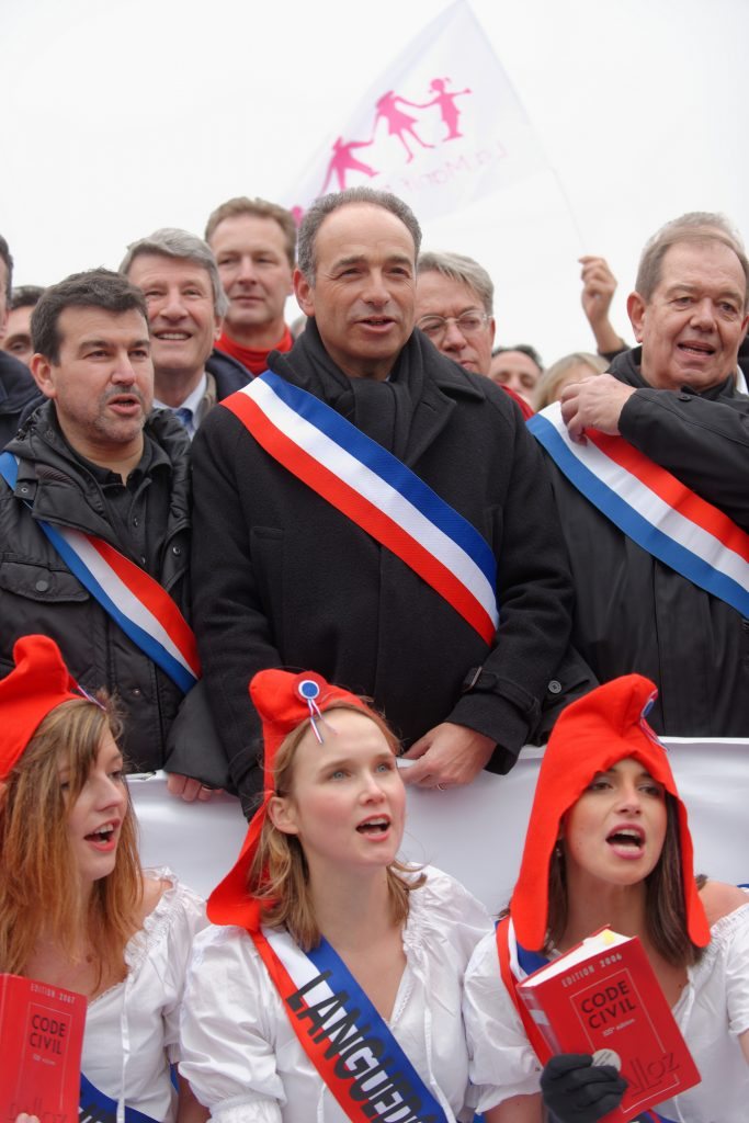 La Manif Pour Tous sans le LR : Guillaume Peltier estime que ce serait ringard d'être contre la PMA
