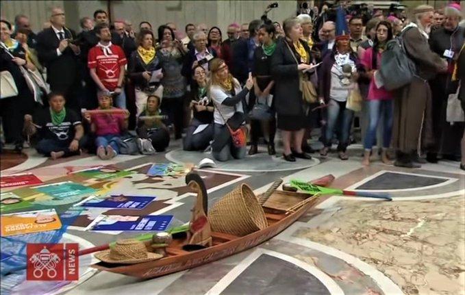 Synode sur l'Amazonie avec la déesse païenne Pacha Mama