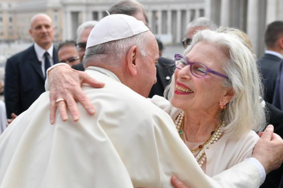 Kabbalistes reçus au Vatican !