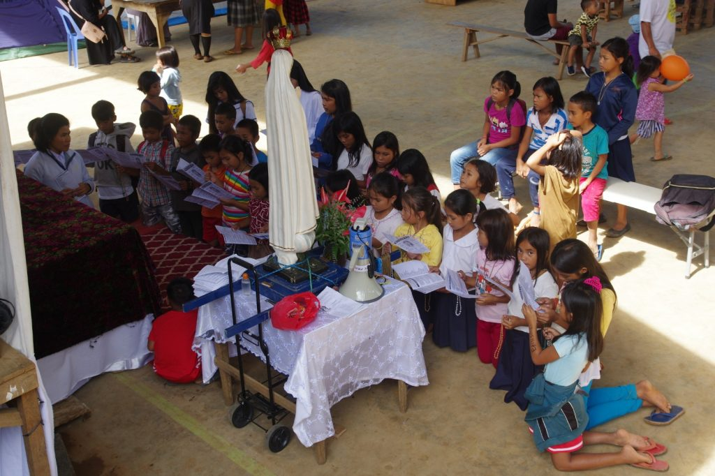 Premier jour de la mission Rosa Mystica 2020 au Misamis oriental