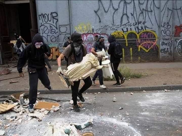 La LDNA incite à la haine antichrétienne et au saccage d'églises en France