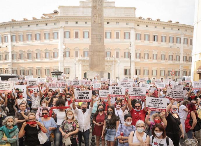 Italie, proposition d'une loi  liberticide contre « l'homotransphobie »