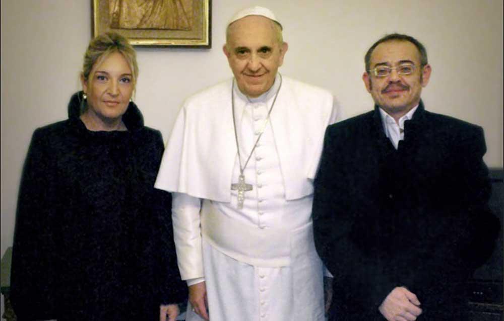 Scandale : l'idéologie transgenre bénie par l'occupant du trône pontifical