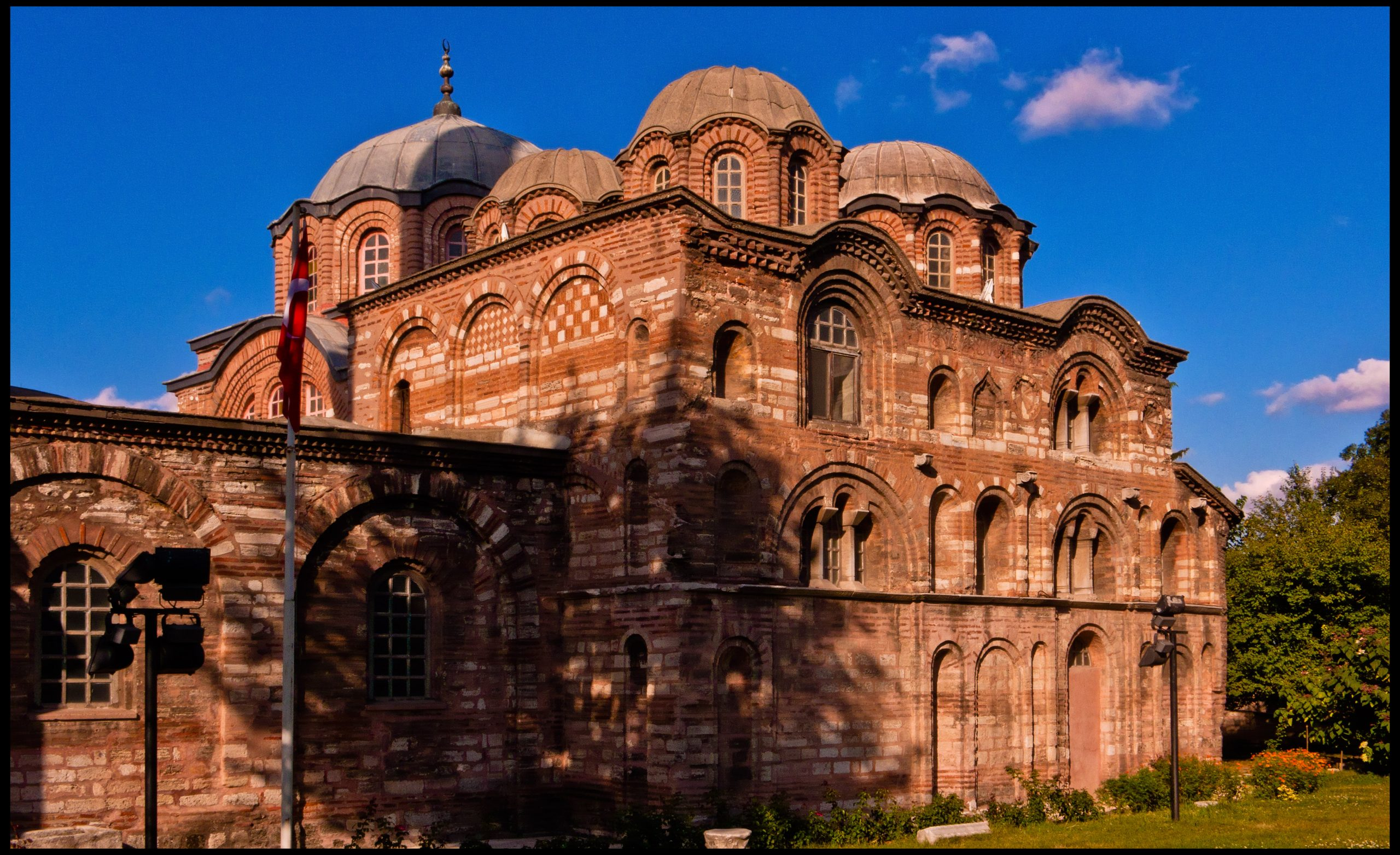 Une autre église devient mosquée, la nouvelle claque d'Erdogan à l'Occident