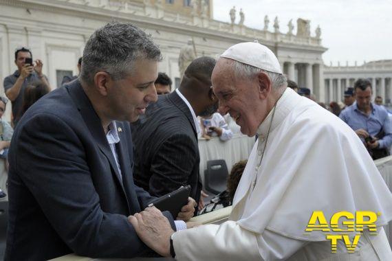 Pape François et duos homosexuels : « Oui à la loi sur les unions civils »