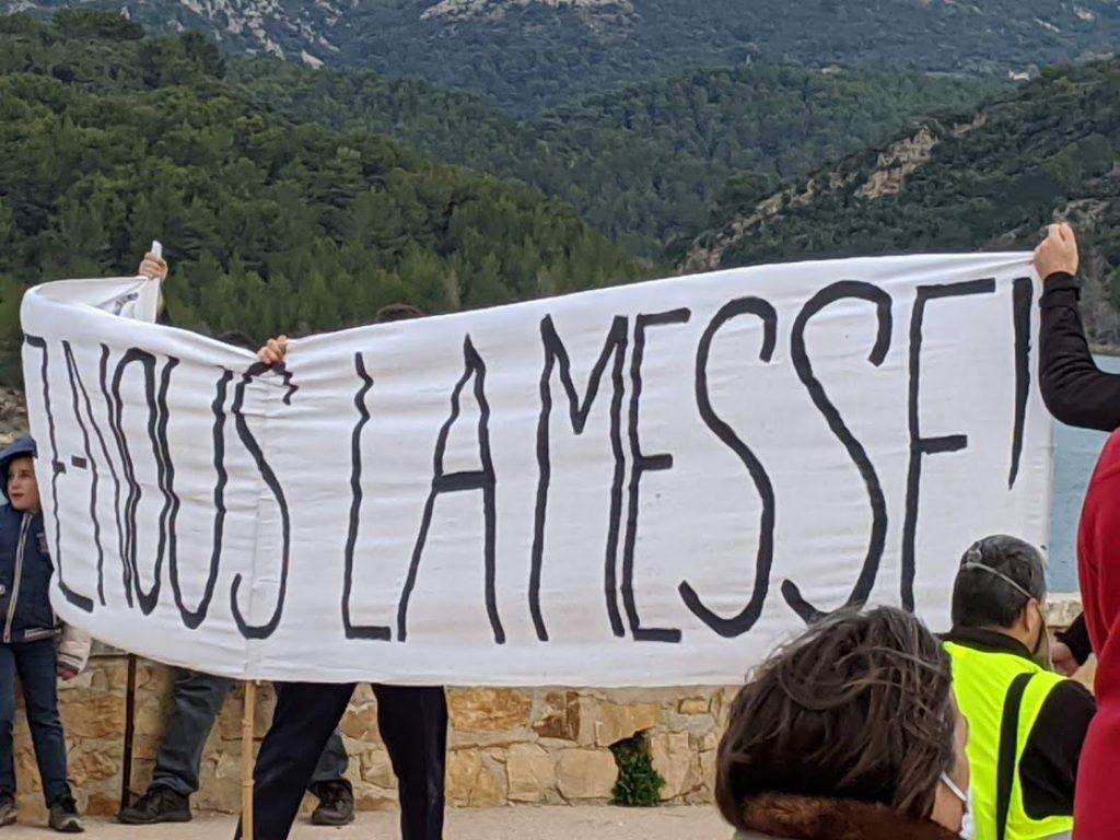 Mobilisation pour la Messe jusqu'à la Croix de Provence
