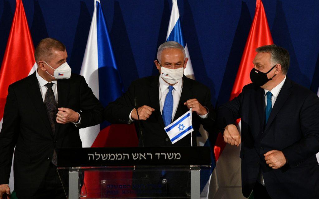 """La Hongrie s'associe avec Israël """"pour la production des vaccins du futur"""" et officialise son passeport vaccinal"""
