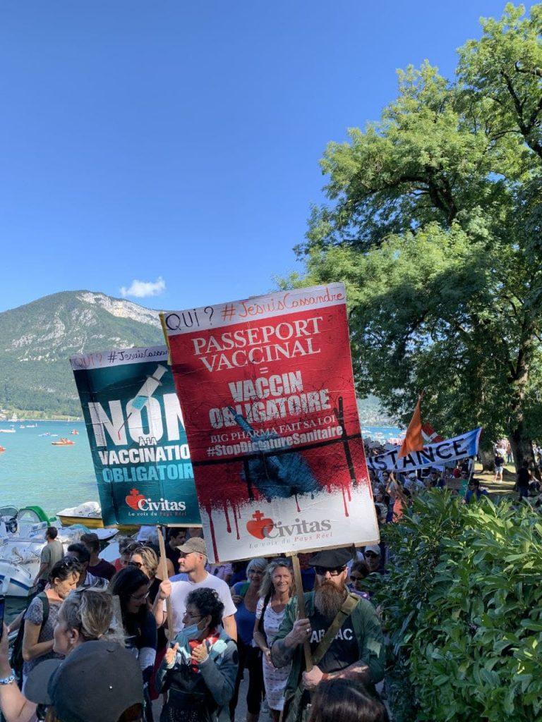 A Annecy contre la dictature sanitaire