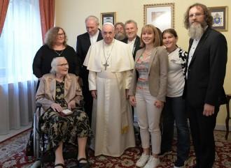 En visite en Slovaquie, le pape François réhabilite le gay-friendly Mgr Bezák